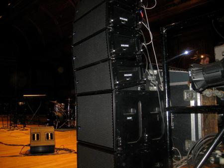 Meyer Mrsquoelodie Line Array on top of Meyer 500-HP Subwoofers